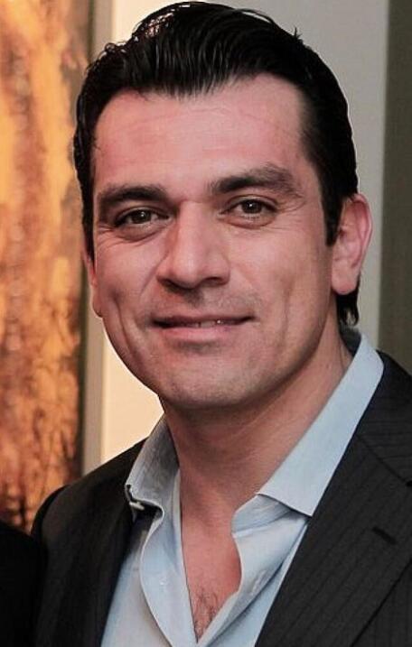 Fernando Colunga vs Jorge Salinas
