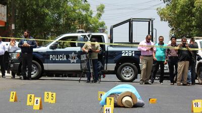 La escena del asesinato del periodista Javier Valdez Cárdenas.