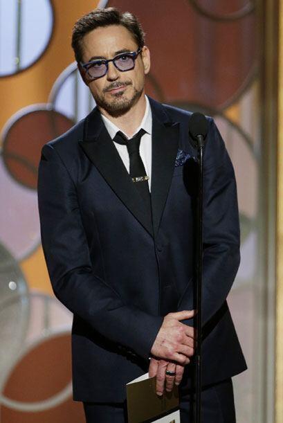 Robert Downey Jr. entregó el premio a Mejor cinta - comedia o musical.