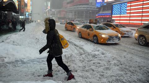 Alertan a los conductores por la combinación de lluvia, nieve y fuertes...
