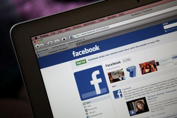 Razón #12: Facebook asegura que tiene más de medio millón de usuarios ac...