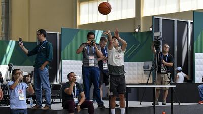 No son la NBA, pero así se entretienen en México antes de su práctica en el Mundial