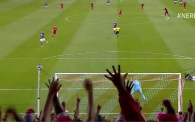 Sebastian Giovinco recortó a su marcador y anotó un golazo que selló la...