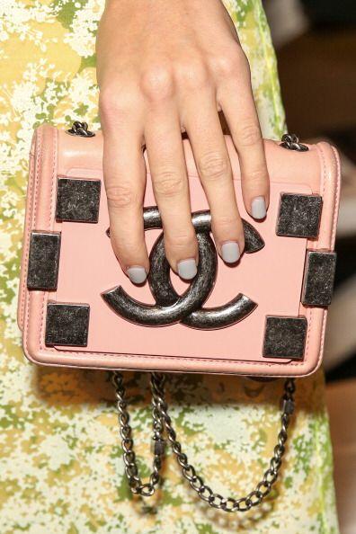 El acabado natural tendrás que llevarlo en la manicura si los colores ya...