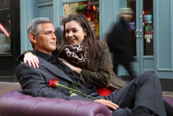 También esta mujer creyó que estaba frente al George Clooney de carne y...