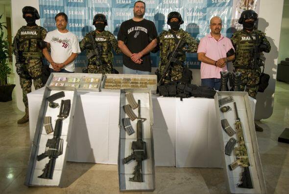 En el operativo fueron detenidos otros de sus cómplices con arsenal de a...