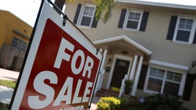 La disparidad entre el aumento de los precios de vivienda y el poco incr...