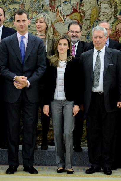 Mario Vargas Llosa vivió durante muchos años en España, cuya nacionalida...