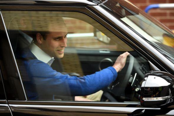 William manejó su propio auto.