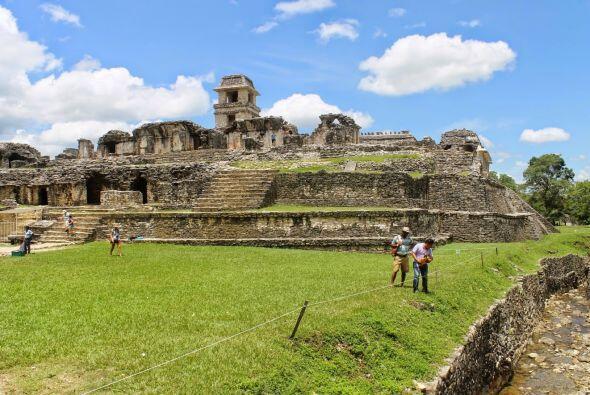Situado en el municipio de Palenque,  esta ciudad maya es considerada un...