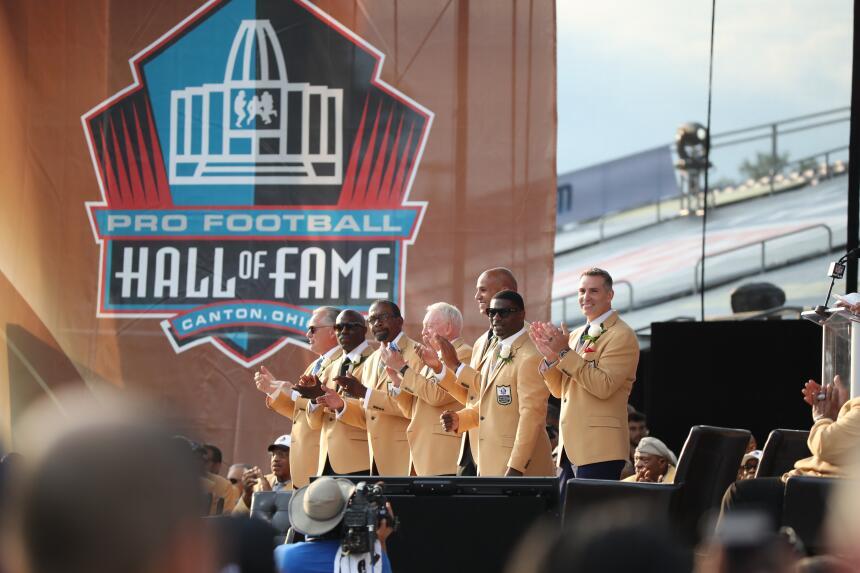 La NFL tiene nuevos 'inmortales' en el Salón de la Fama AP Portada 2.jpg