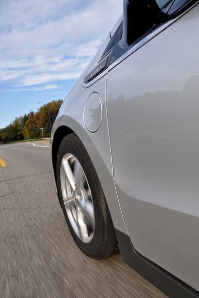 La autonomía del Volt con una carga de batería es de 40 millas.