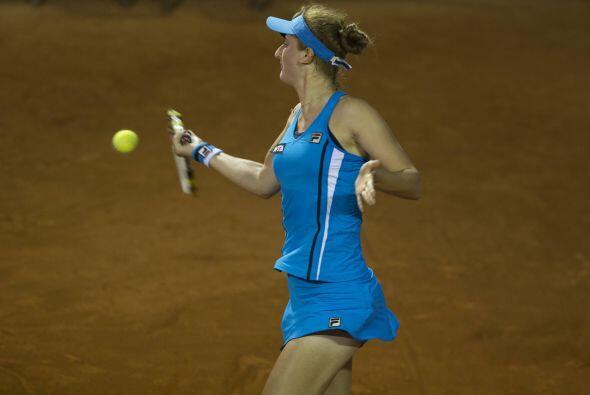 Soler Espinosa también se benefició del retiro de la rumana Irina Cameli...