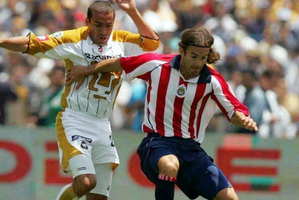Manuel Sol comenzó su carrera con los Pumas de la UNAM y tras un...