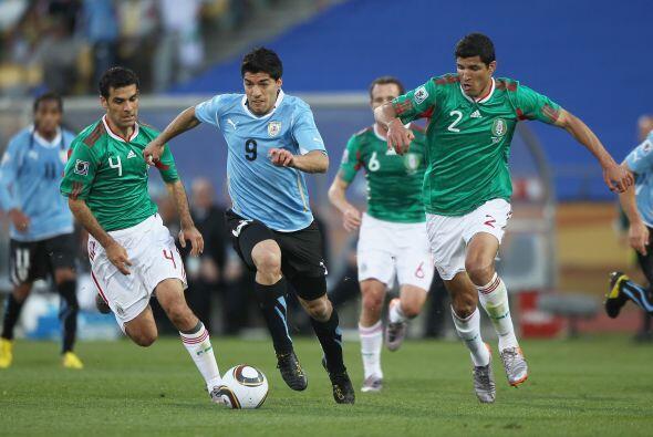 La selección uruguaya derrotó a México un gol por cero con anotación de...