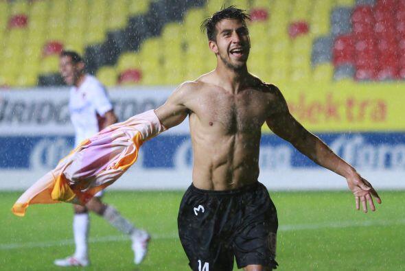 Ever Guzmán anotó cuatro goles saliendo desde la banca en el Mundial Sub...