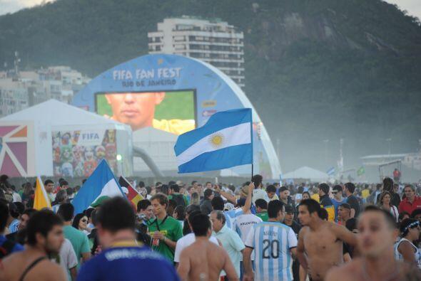 Solo en Copacabana asistieron  937.330 aficionados para disfrutar de los...