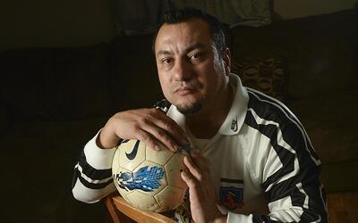 Peter Uribe, inmigrante chileno de 41 años, soñó co...
