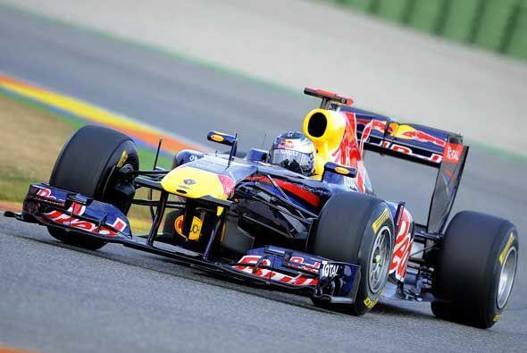 El RB7 se vió bien en sus primeras vueltas al circuito Ricardo Tormo, ce...