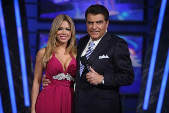 Con las curvas bien puestas, Claudia Molina tiene una amistad súp...