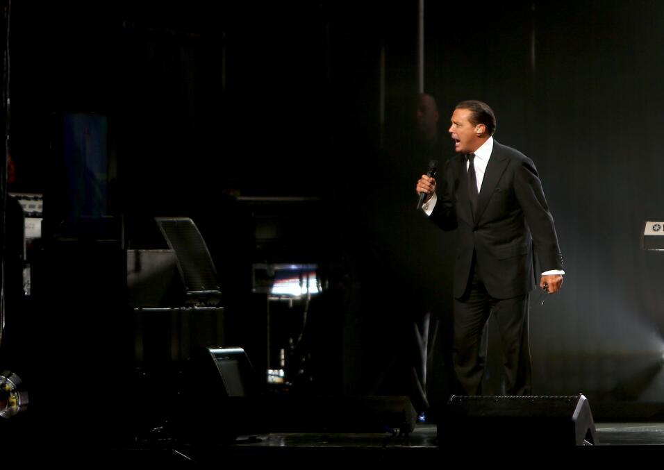 Luis Miguel vuelve a los escenarios estadounidenses, llevando su  gira a...