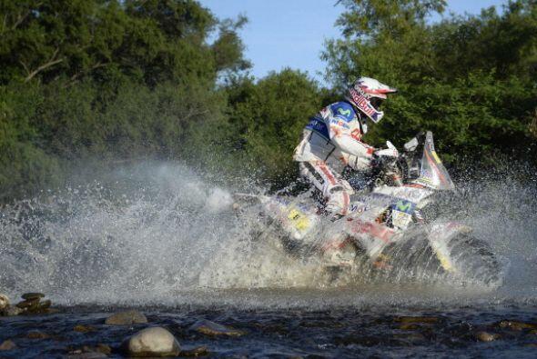 Los españoles Jordi Viladoms (KTM) y Laia Sanz (Honda) fueron noveno y v...