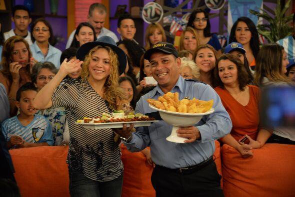 Shakira se emocionó tanto que pidió disculpas si el domingo la veían un...