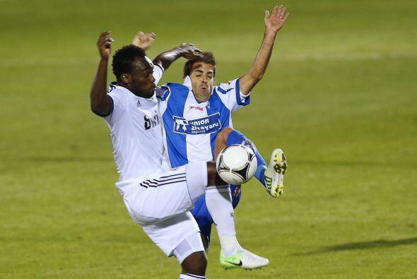 Pero el Madrid se encargaba de inmediato de acabar con las ocasiones del...