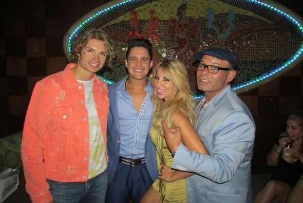 Jose y Roxy disfrutaron como locos en la fiesta de la revista Tv y Novel...