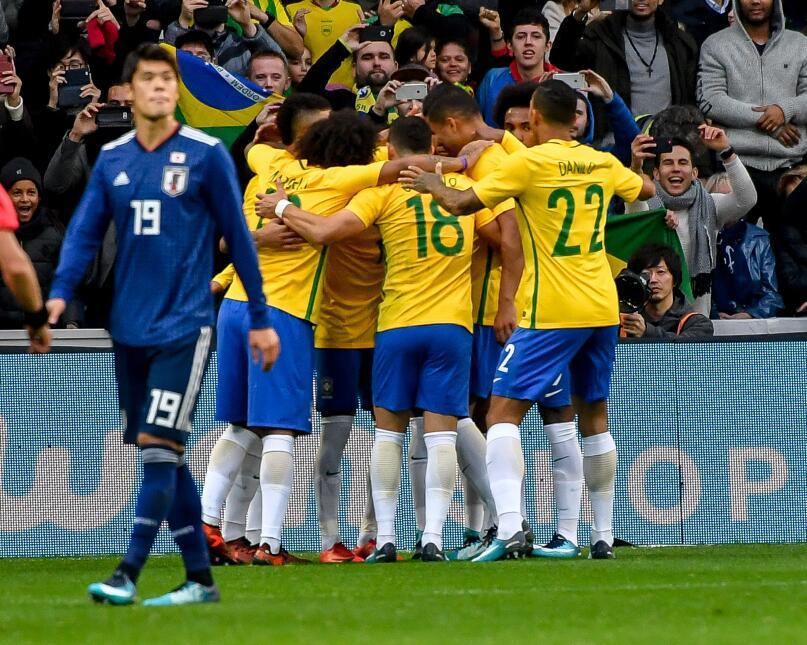 Con goles de Neymar, Marcelo y Gabriel Jesús, la selección de Brasil se...
