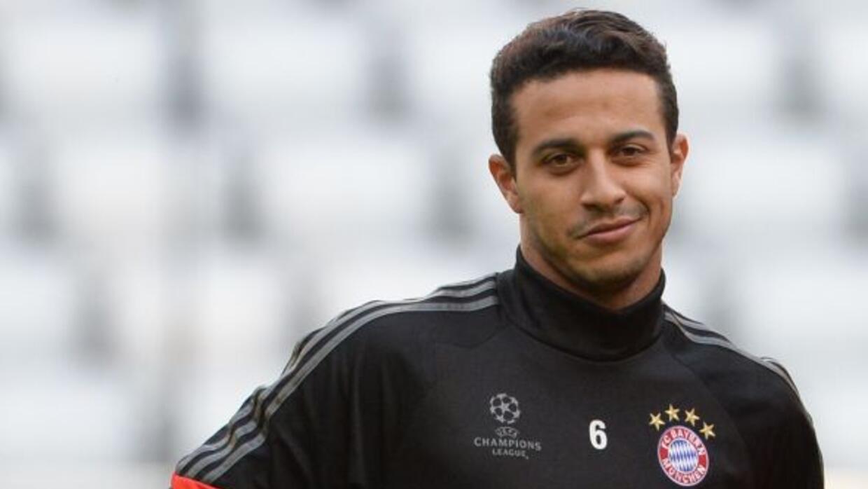 El mediocampista pidió al Bayern ser operado en Barcelona.