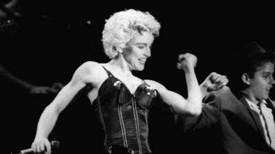 18 momentos en los que Madonna nos hizo hablar de su ropa