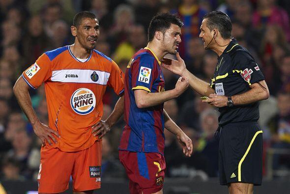 Creemos que era a David Villa, pero el 'Guaje' se fue a quejar con el ár...