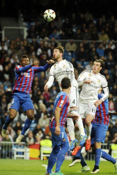 El que reapareció luego de varias semanas de no jugar, fue Sergio Ramos...