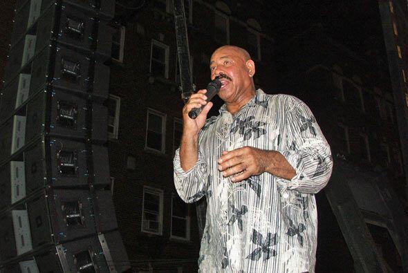 D'Leon dio un recital recorriendo los ritmos de Latinoamerica.