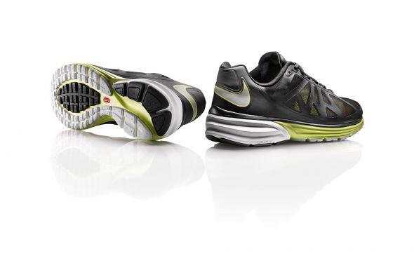 La tecnología HyperFuse ofrece un zapato sin costuras, haciéndolo hasta...