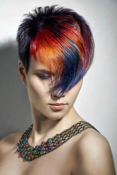 Color extremo la primera vez: Si es la primera vez que tiñes tu cabello,...
