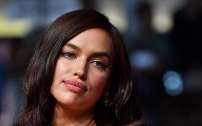 Irina Shayk sigue deslumbrando con su belleza donde quiera que se presen...
