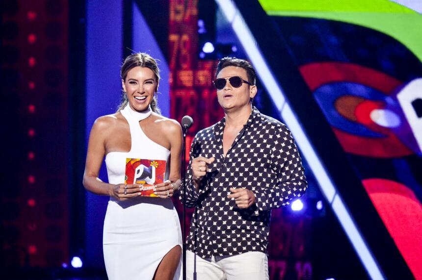 Elizabeth Gutierrez y Silvestre Dangond presentaron los nominados en la...