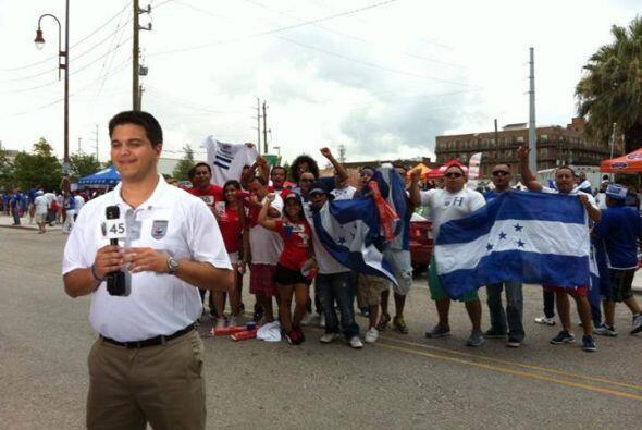 En julio nos unimos a la pasión futbolera con el encuentro de Honduras v...