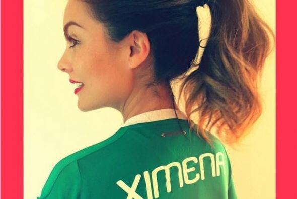 Ximena Navarrete  Qué mejor manera de expresar el amor por México que po...