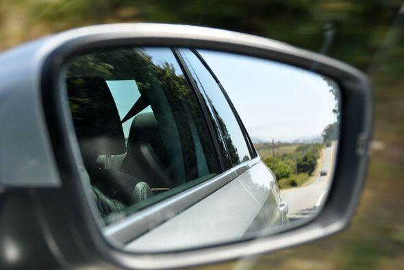 Todas las líneas del nuevo VW Jetta se pueden apreciar desde todos los á...