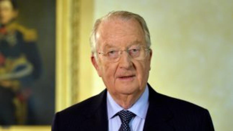 El ex rey de los belgas, Alberto II, considera insuficiente su dotación...