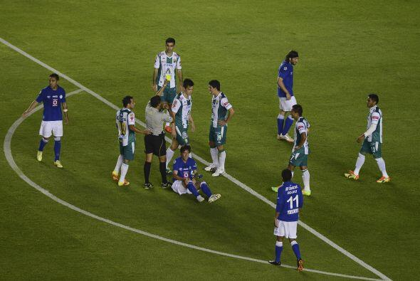 León ha tenido un buen baño en defensa, los jugadores est&...