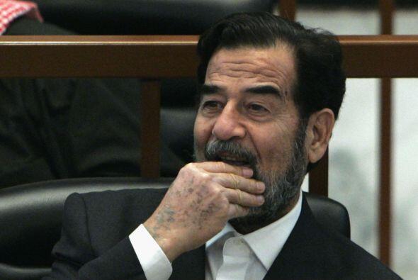 Año 2002 5. Advertencias para Irak  El Secretario de Estado, Collin Powe...