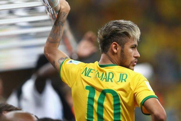 A Neymar Jr. le han dicho de todo por sus cortes de cabello: lo han comp...