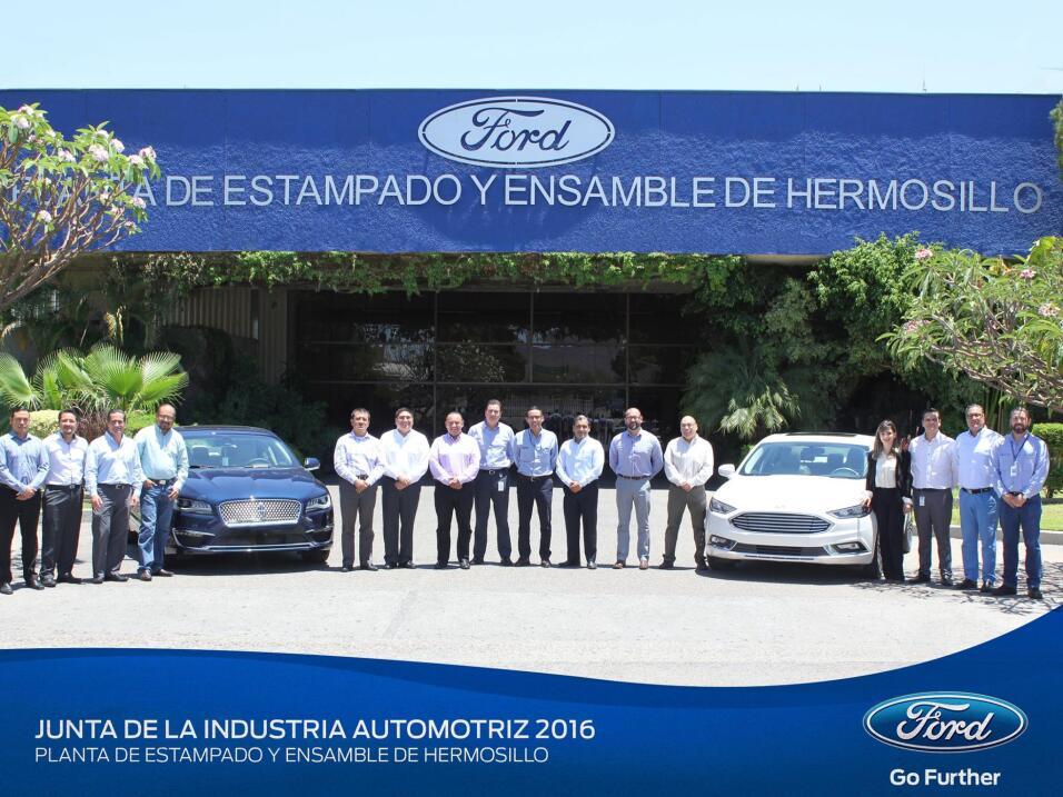 Tesla busca talento en México 13301288_1719285538344319_1574876220152524...