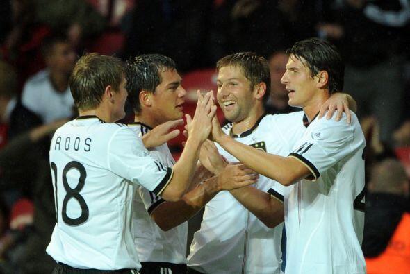 Los alemanes, con algunas ausencias en el plantel, se adelantaron con el...