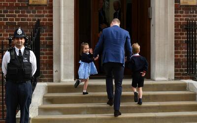 Príncipe William y sus hijos George y Charlotte
