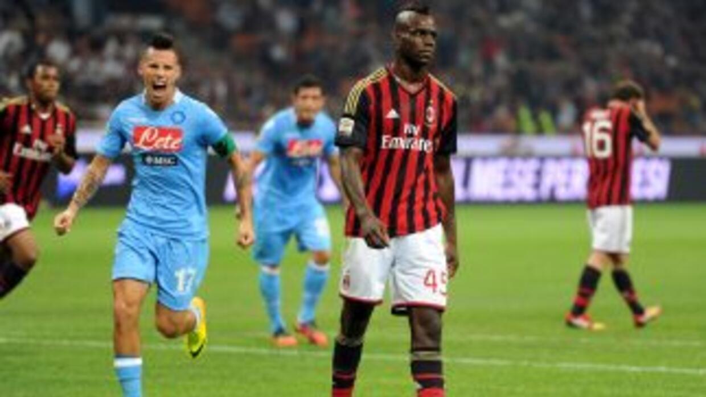 Balotelli marcó un gol, pero falló un penalti y se fue expulsado al fina...